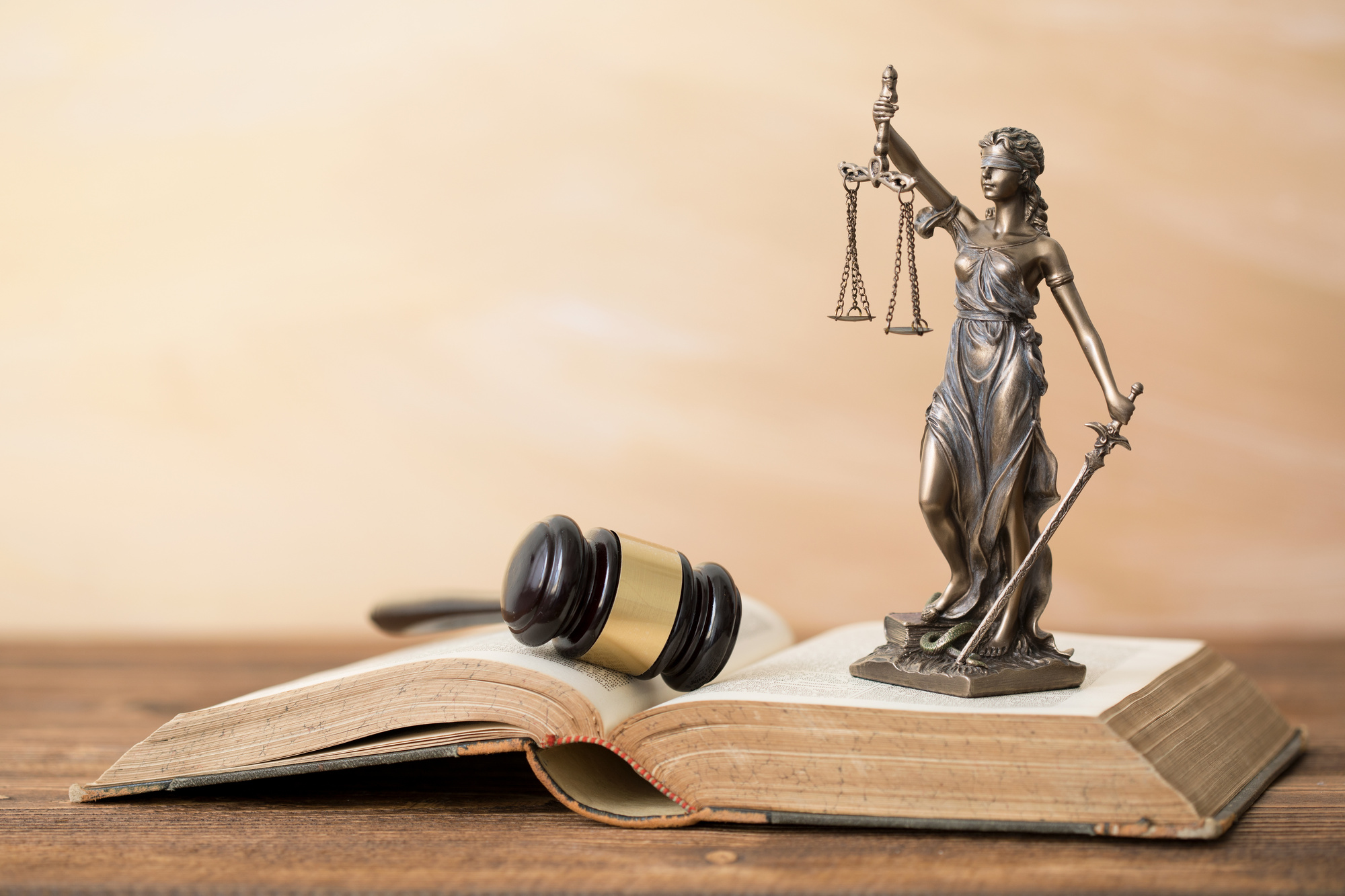 Hiring a Criminal Defense Lawyer